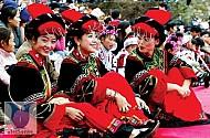 """Trung Quốc: """"Độc đáo"""" với lễ hội sờ ngực"""