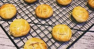 Bánh dứa – đồ ăn vặt thơm ngon nức tiếng của Hong Kong