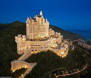 Khách sạn như lâu đài ở Trung Quốc