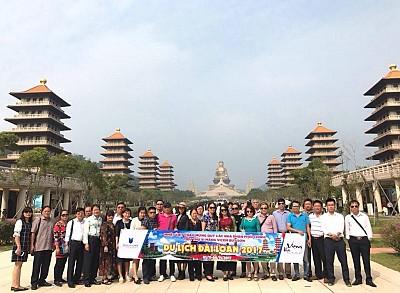 Đi du lịch Trung Quốc không thể thiếu một hướng dẫn viên chuyên nghiệp