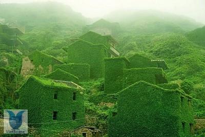 """Ngôi làng """"ma"""" ở Trung Quốc"""