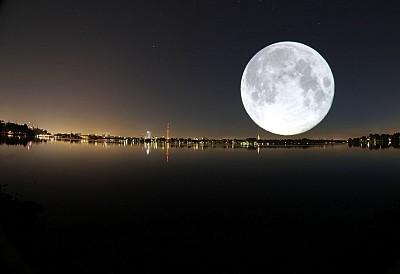 Trào lưu cực hot tại Trung Quốc: ngắm mặt trăng từ máy bay