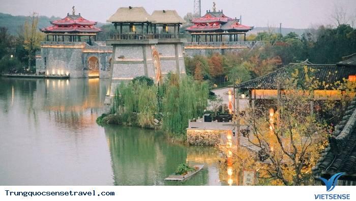 Đông Phương Diêm Hồ Thành sẽ soán ngôi Phượng Hoàng Cổ Trấn năm 2018,dong phuong diem ho thanh se soan ngoi phuong hoang co tran nam 2018