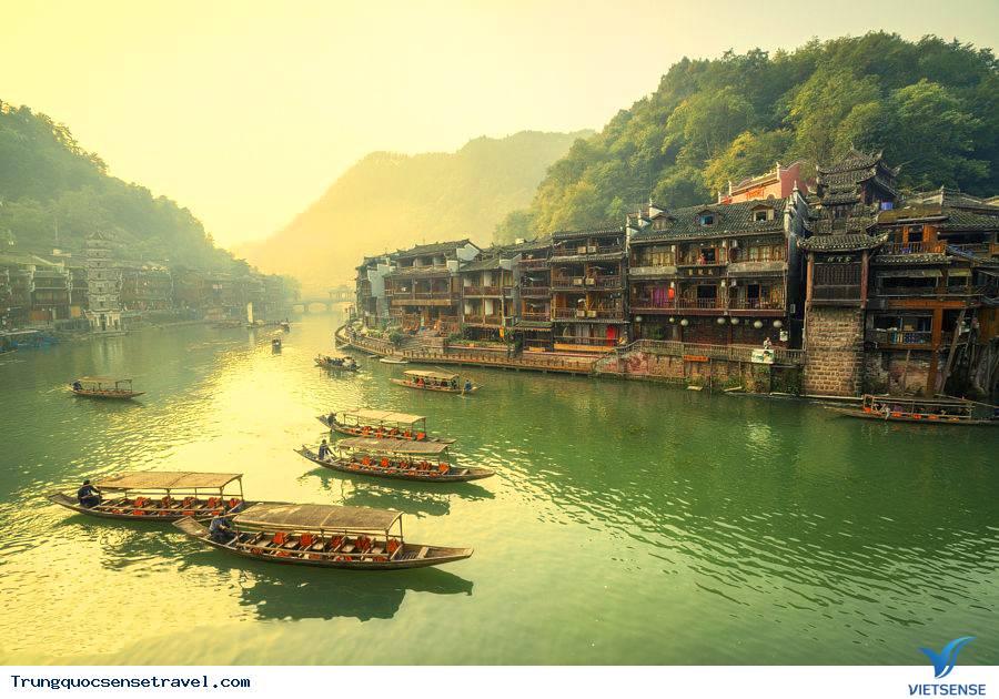 du lịch Hà Nội - Trương Gia Giới - Phượng Hoàng Cổ Trấn 5 ngày 4 đêm