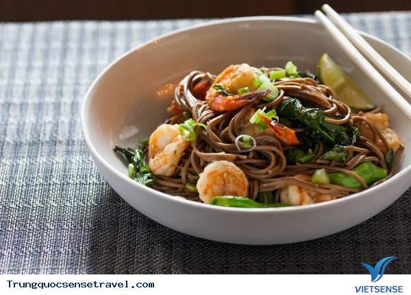 Hướng dẫn cách làm món mì trường thọ Trung Quốc ngon chuẩn vị,huong dan cach lam mon mi truong tho trung quoc ngon chuan vi
