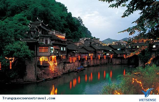 Kinh nghiệm du lịch Phượng Hoàng Cổ Trấn tại Trung Quốc,kinh nghiem du lich phuong hoang co tran tai trung quoc