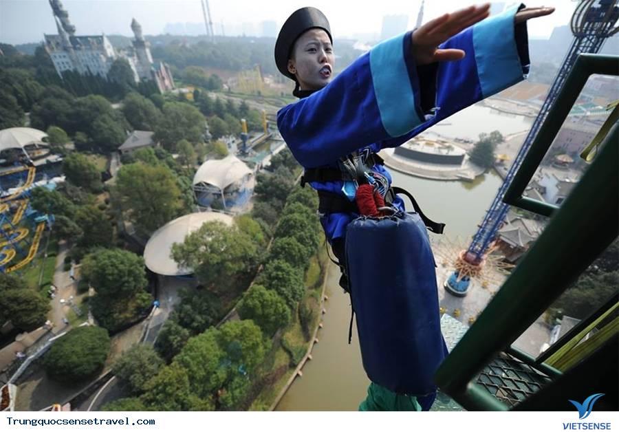 Kỳ lạ xác chết biết đi tại Trung Quốc trong công viên,ky la xac chet biet di tai trung quoc trong cong vien