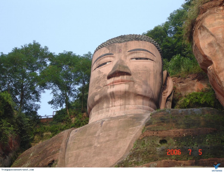 Kỳ vĩ bức tượng Phật đá lớn nhất thế giới: Lạc Sơn Đại Phật,ky vi buc tuong phat da lon nhat the gioi lac son dai phat