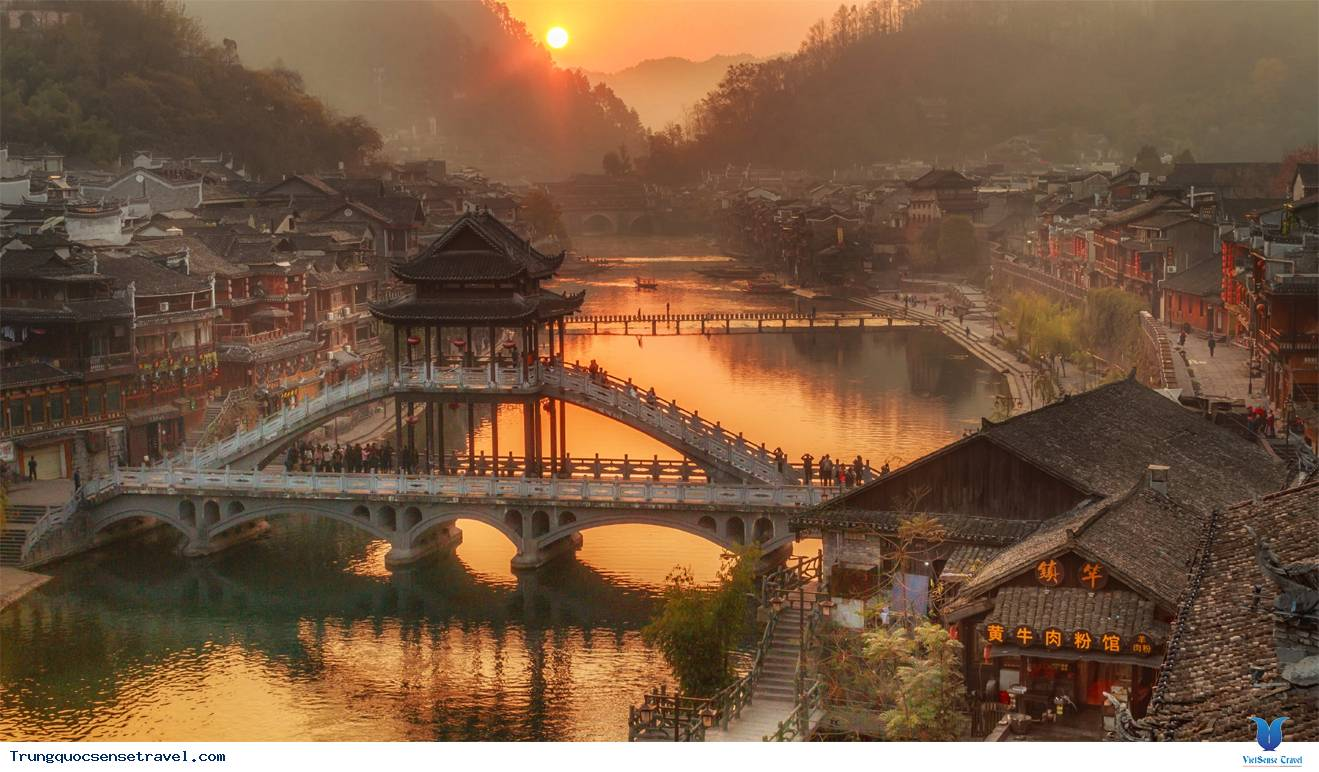 Phượng Hoàng cổ trấn - Hồ Nam - Trung Quốc